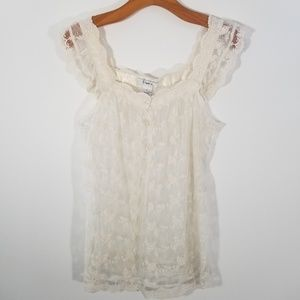 Pinky medium sheer cream lace sleeveless top